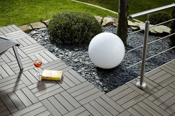 wpc fliese holz look dunkelbraun terrassenfliesen jekawood. Black Bedroom Furniture Sets. Home Design Ideas